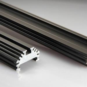 Profile von led-tech.de (Quelle: https://www.led-tech.de/de/Aluminium-Profile/CoverLine-LED-Profil/CoverLine-Aluminium-LED-Profil-V2-Black-Edition-LT-2656_188_151.html)